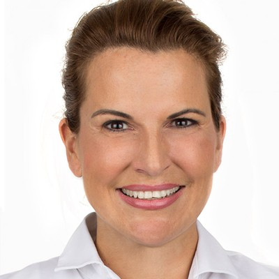 Dr. Christine Knobloch